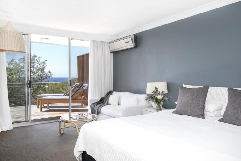 Ocean Deluxe Room, Bannisters by the Sea, Mollymook Beach, South Coast, NSW